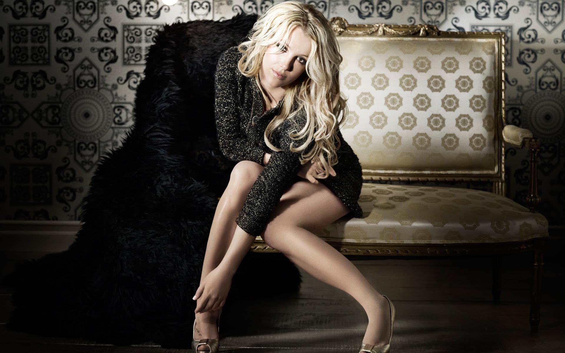 Britney Spears Wide